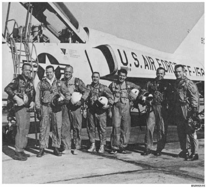 neil armstrong navy pilot - photo #9
